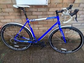 "Raleigh Maverick Elite Cyclocross Gravel Bike Commuter 58"""