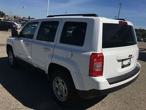 2013 Jeep Patriot NORTH ONLY 49KM NO ACCIDENTS 4dr FWD Sport/Nor Kitchener / Waterloo Kitchener Area image 4