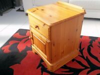 'DUCAL' single cabinet;..(hand made in England) suitable for bedside/lounge/hallway etc
