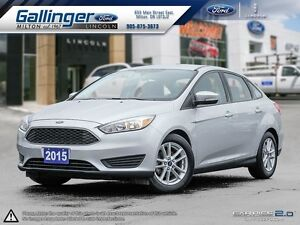 2015 Ford Focus SE w/WINTER PACKAGE AND ONE LOCAL OWNER!!