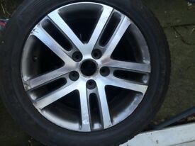 Volkswagen Passat wheel and tyre