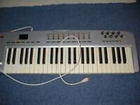 M-Audio Oxygen 49 Keyboard & Stand
