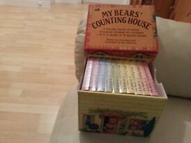 Set of 10 Counting Books in a box.
