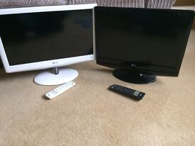 Tv's great condition.