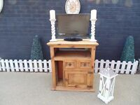 STUNNING JALI SHESHAM TV CABINET WITH 2 DRAWERS , 1 SHELF, 1 DOOR AND CD RACK ALL IN ONE