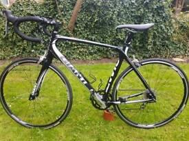 Giant Defy Composite 3 full carbon road bike