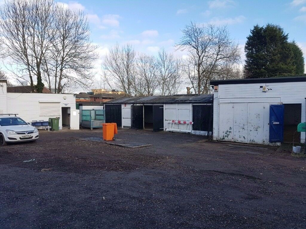 Workshops to Rent in heart of Redhill