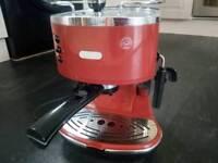 Delonghi red coffee maker