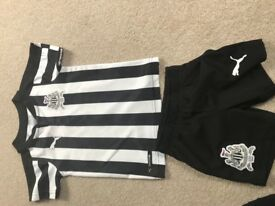 Newcastle strip aged 1-2