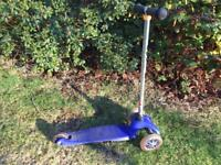 Micro scooter for small child