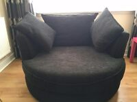 Cuddle chair, hardly used, smoke and pet free home