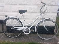 Ladies retro vintage Raleigh bike 26'' wheels