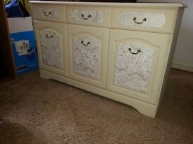 STYLISH SHABBY CHIC SIDEBOARD INCLUDES FREE DELIVERY.