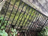 3 Wrought Iron Metal Fencing Fence 1x W 310 cm, 1x W 132cm, 1x W 97cm. H 102cm