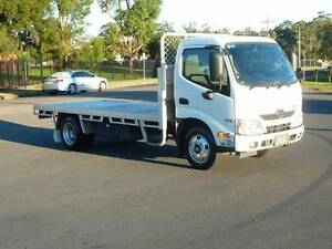 HINO 300/616 **LOW KMS*** McGraths Hill Hawkesbury Area Preview