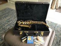 Soprano saxophone (curved by Elkhart