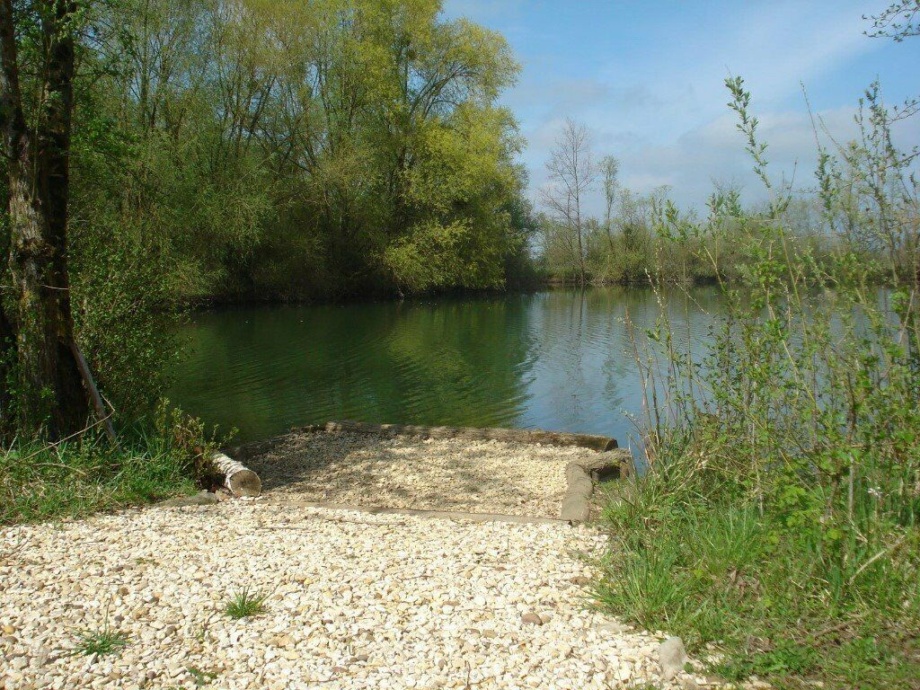 Carp Fishing France BARGAIN 2 WEEK ONLY Beautiful 2 acre lake Carp 47lb 3 5  hr from Calais   in Letchworth Garden City, Hertfordshire   Gumtree