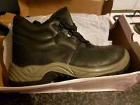 Arco mens work boots size 8