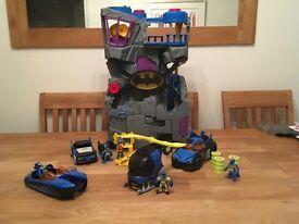 Imaginet batman bundle. Batcave, batmobil, batcopter, batboat