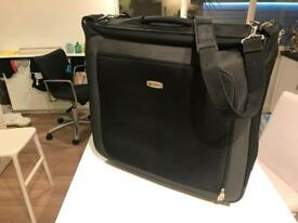 Carlton wheeled suit carrier
