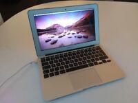 """MacBook Air 11"""" 2015 1.6 GHz"""