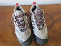 Red White Black and Grey Dita Hockey Shoes Size 6/39