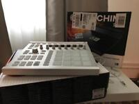 Maschine Mk 2 with software and stand!