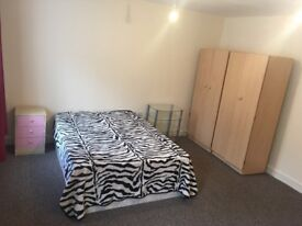 KING SIZE BED IN ROMFORD RM6
