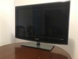 "Samsung TV 32"""
