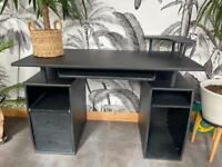 Black desk with two drawers