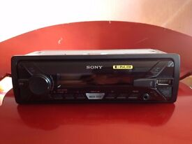 SONY DSX-A200UI AUX AND USB