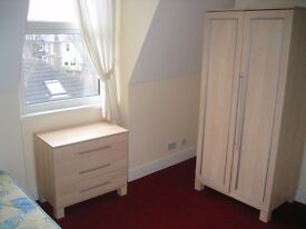 Catoford SE6 Super Self Contained Studio Apartment £126 PW