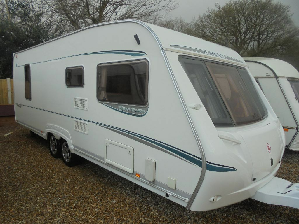 Caravans For Sale With Fixed Island Bed