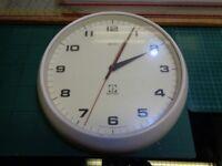 Smiths Delhi 9 Inch Wall Clock Jeco Co. Battery Quartz Movement