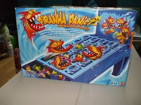 PIRANHA PANIC GAME NEW, NEVER PLAYED WITH, COMPLETE WITH INSTRUCTIONS. NEW