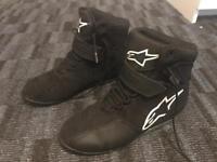 Alpinestar motorcycle boots UK9 - Like New - New price