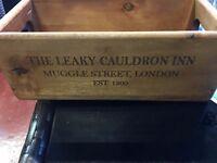 The Leaky Cauldron Inn Muggle Street, London Est.1500 (Harry Potter) Wooden Box