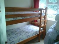Bunk bed+ 2 mattresses in good conditions