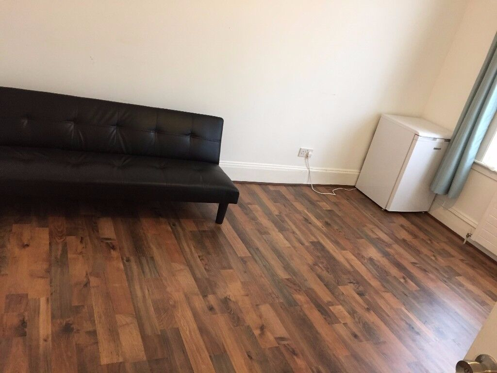 *Spacious and clean 1 Bedroom Flat - ALL BILLS INCLUDED £1190*