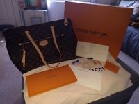 Womens Luis Vuitton bag IENNA MM