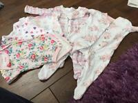 Baby grows and vests 0-3 months
