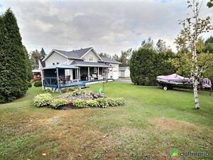 224 000$ - Bungalow à vendre à Alma Lac-Saint-Jean Saguenay-Lac-Saint-Jean image 5