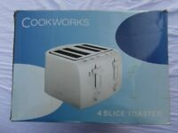 COOKWORKS FOUR-SLICE TOASTER, White, NEW, 1600W, two sets of controls