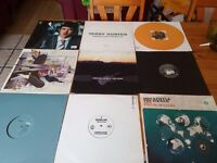 approx 1600x vinyl dj records / 2x solid meta case /1x dj record bag /all cool titles/ trance, dance