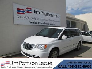 2016 Chrysler Town & Country 3.6L Touring-L FWD 7 Pass. w/ Power