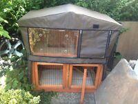 Two tier rabbit hutch