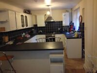 5 bed student property, close to university Hospital, Oxford Rd, Anson Rd transport, all amenaties,