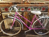 Stunning ladies peugot cycle