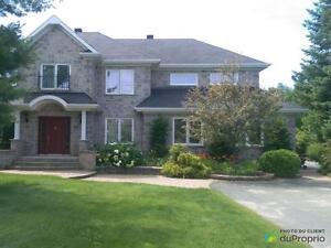 566 000$ - Maison 2 étages à vendre à Ste-Marie