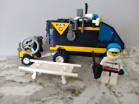 LEGO 6445 Town Res-Q Emergency Evac complete with Minifigure
